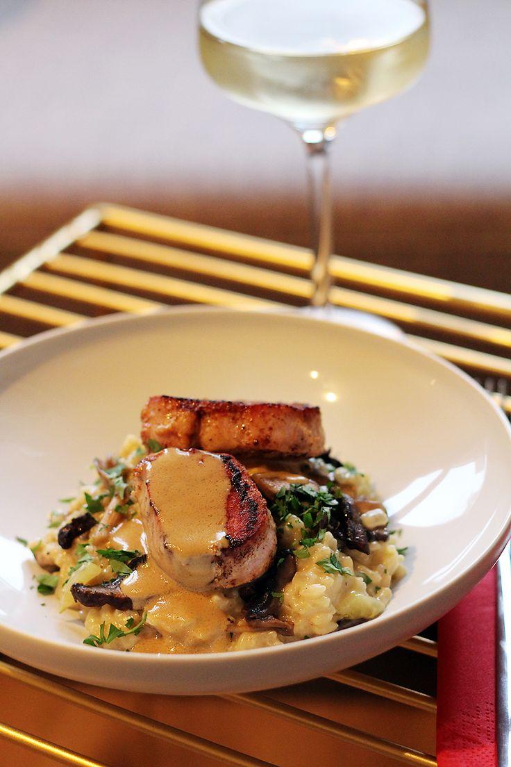 Wij kookten Ron Blaauws recept: paddenstoelenrisotto met varkensmedaillons en salie-pepersaus