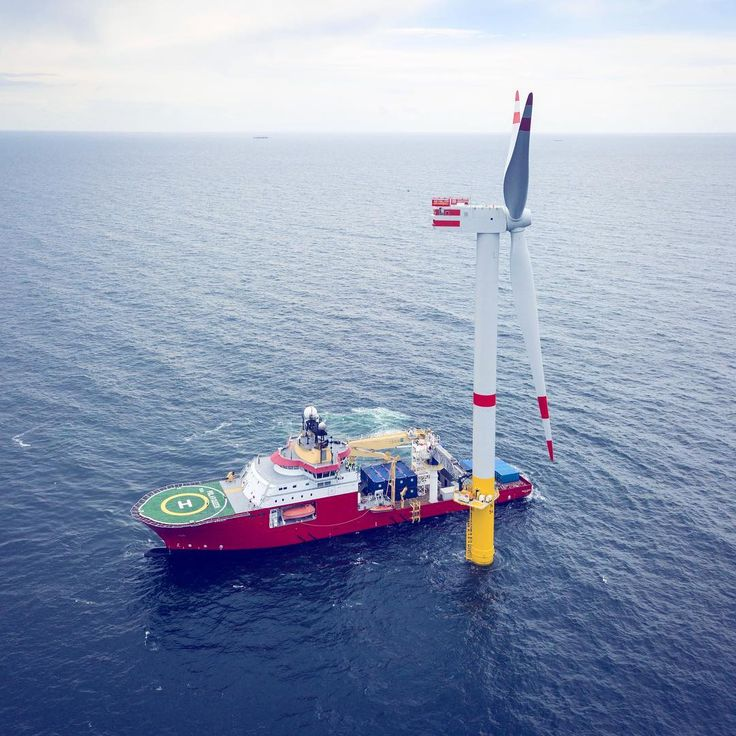 #senviononthesea Transfer vessel approaching the offshore turbine at wind farm Nordsee One in Germany #windenergy#offshore#turbine#windturbine#renewables#cleanenergy#greenenergy#windworks#NordseeOne#Senvion