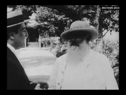 This is unique film of French Impressionist painter Claude Monet (1840-1926), painting outdoors, 'en plein air', in his garden at Giverny. The footage is in two segments. Firstly we see the artist outdoors talking to a gentleman. Then we see Monet painting a water lily-padded pond, a subject for which he is most famed.