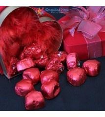 Kalpli Kutuda Kalpli Çikolatalar