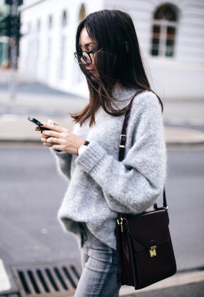 How To Build A Minimal Winter Wardrobe - The Closet Heroes