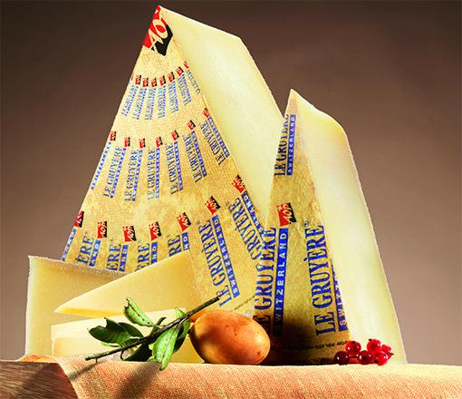 El queso preferido de los suizos y, actualmente, también se sitúa a la cabeza de las preferencias de los consumidores españoles, es Le Gruyère AOP.