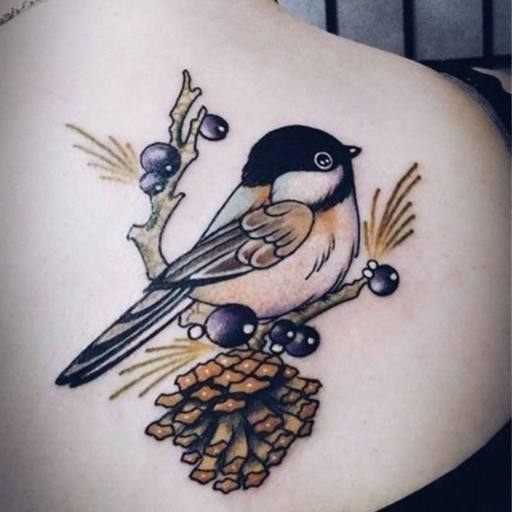 Tatouage oiseau dos