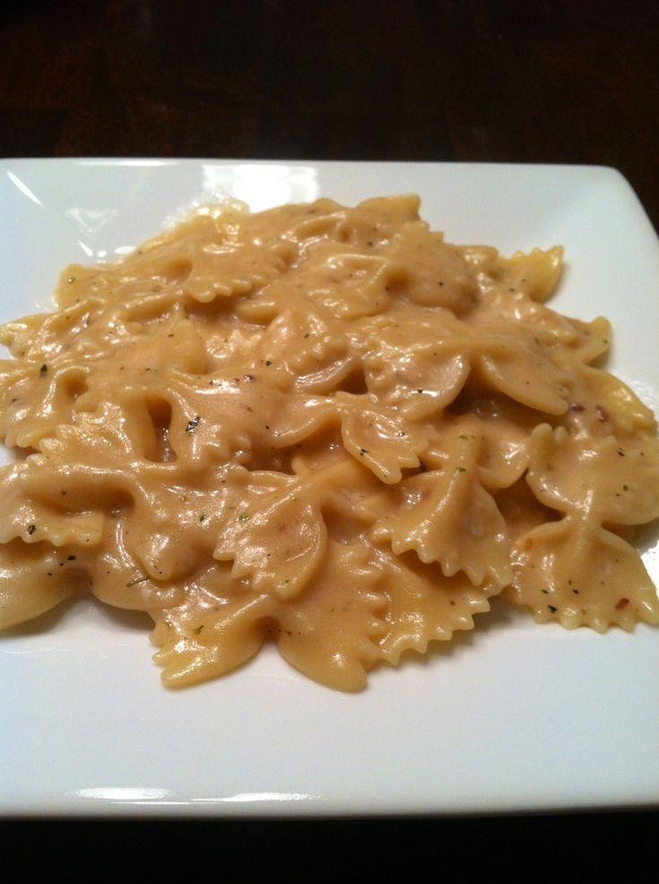 My favorite Pinterest pasta dish! Creamy garlic pasta. So easy!
