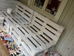 Bildresultat för soffa av lastpallar med ryggstöd