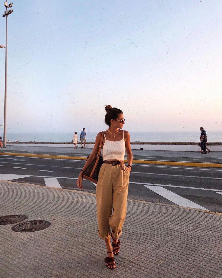 """16.1 tausend gegerbt, 77 Kommentare – María Valdés (Piruletas) auf Instagram: """"Basics 💙"""" – #auf #gegerbt #Instagram #Kommentare"""
