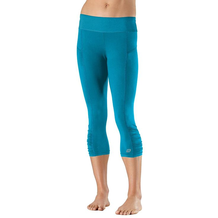 Pop with style while getting tons of soft comfort with the womens Road Runner Sports Power Pop Solid 19 Capri Tight