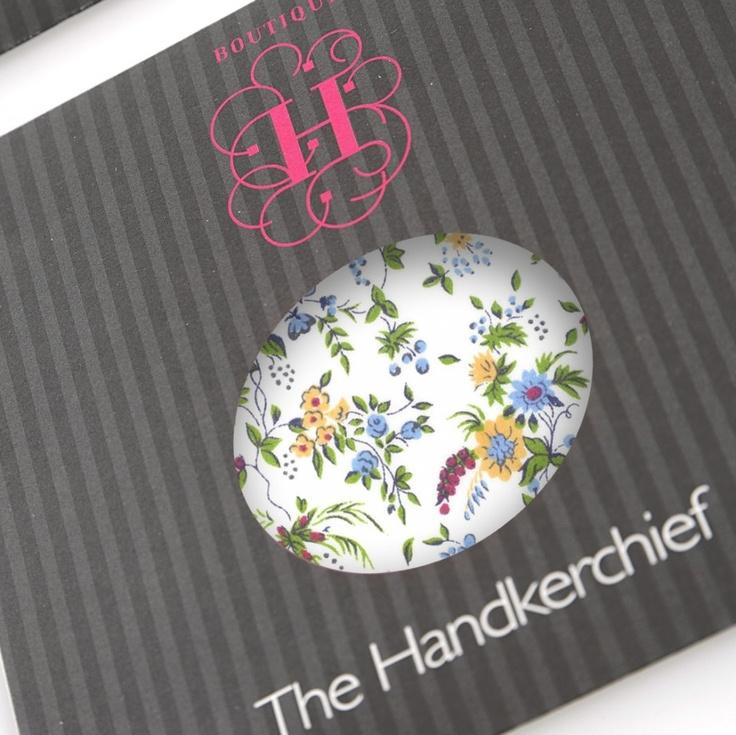 Classic Delicate Floral - Small - hardtofind.