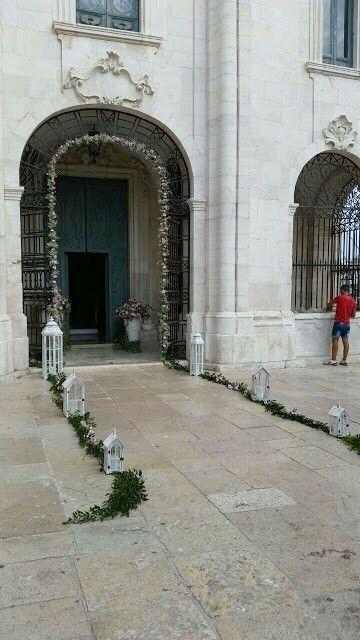 Chiesa: addobbo esterno