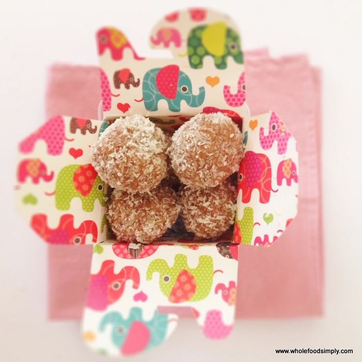 Quick, easy and delicious ginger balls. Made from wholefood ingredients and free from dairy, gluten, grains and refined sugar. Perfect for gifts and snacks.