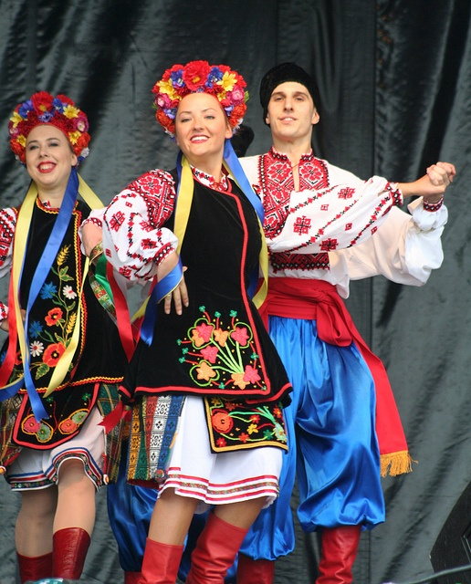 Hopak - Ukrainian Dance Ensemble...reminds me off the costumes I wore when I took dance as a young girl.