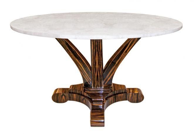 CRAIG VAN DEN BRULLE Un tavolinoprimo Novecentoin nichel spazzolato,acciaio e vetro.