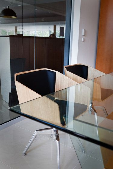 Conference chairs | Conference-Meeting | Sitag Woodi Lounge. Check it out on Architonic