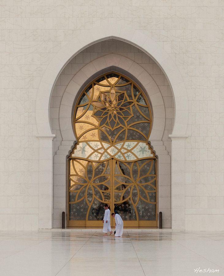 Shaikh Zayed Grand Mosque by Hesham al-Ammal, via 500px