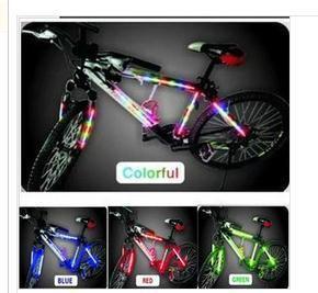 Красочные декоративные рамки велосипедов говорил огни Красочные огни рама вилка Колеса Красочные огни