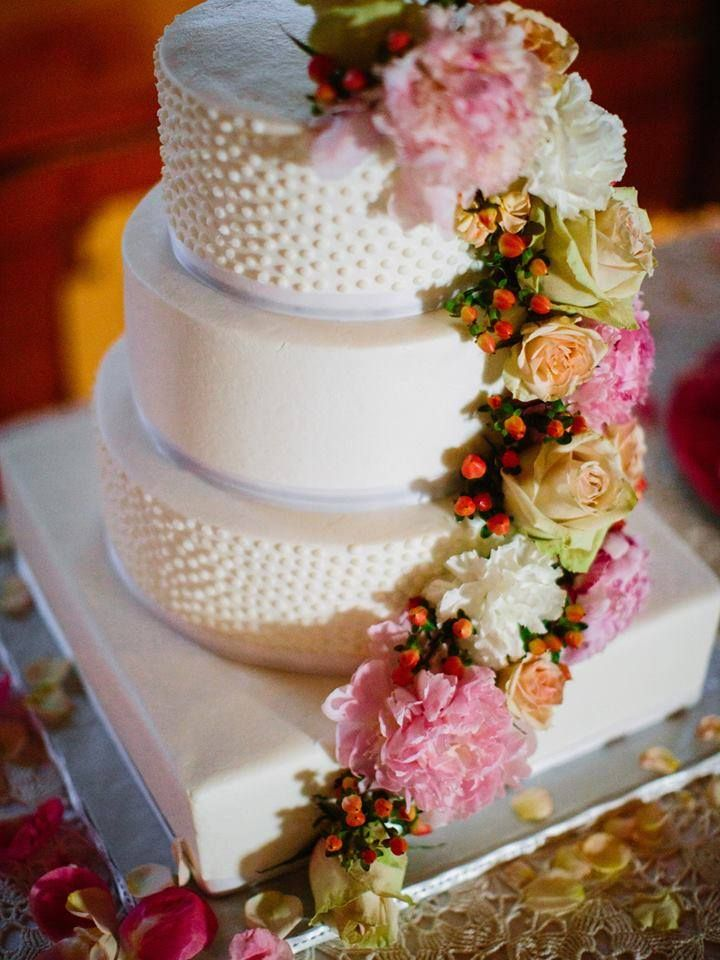 wedding cakes kansas city 17 best images about kansas city wedding vendors on 24835