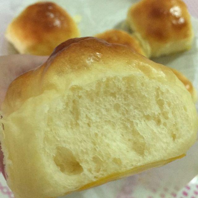 Pillow Sweet Buns  - bakeindelight on Dayre