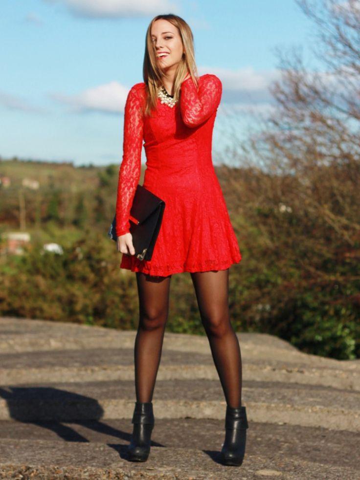 FELIZ NAVIDAD!!! Hoy un post con el look que utilicé para la cena de Nochebuena.El vestido rojo de encaje de H&M fue el protagonista.