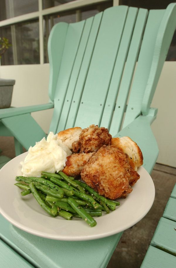 Recipe: Southern pan-fried chicken || Photo: Erik S. Lesser for The New York Times