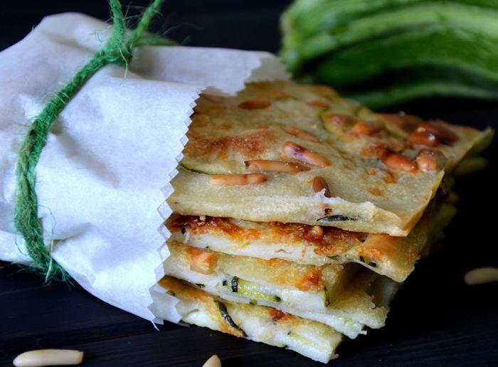 The neverending carboidrato story: schiacciatina di zucchine e pinoli | Vita su Marte