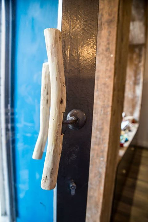 Door knob made from orange tree root