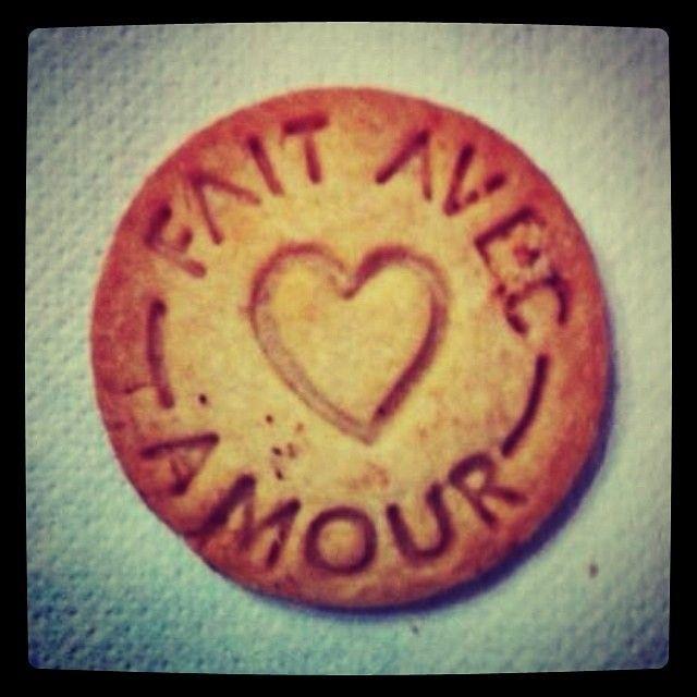 Al #dolcelab facciamo tutto con amore. Anche i biscotti.