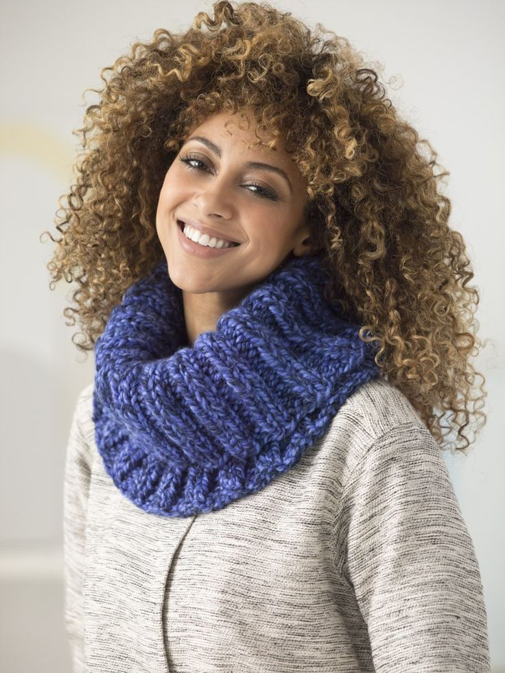 1 Ball Ribbed Cowl (Knit). Wool-Ease Thick & Quick