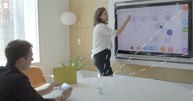 Um projeto disponível no Kickstarter promete tornar qualquer TV, monitor ou projetor em uma superfície sensível ao toque. Para isso, o GoTouch é um pequeno dispositivo portátil que utiliza uma câmera e um conjunto de sensores. Ao ser instalado, o ...
