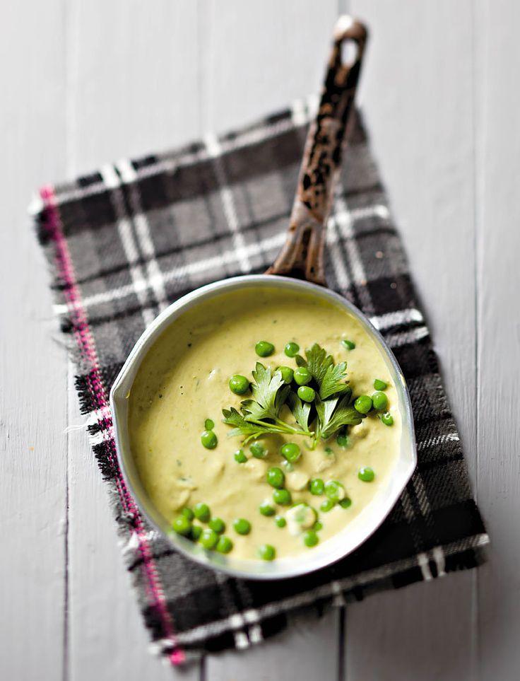 Ertjie - en Pietersieliesop. Dié Britse lekkerte is elke winter op die spyskaart! Gebruik sommer bevrore ertjies.