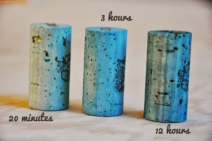 How to Dye Wine Corks