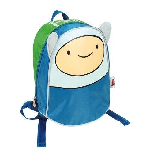 Finn es el protagonista de esta bonita mochila de Hora de Aventuras. Elaborada en 100% poliéster de alta calidad es ideal para acompañar a los niños al cole y guardar su material escolar, también pueden llevarla a excursiones y viajes, o en vacaciones.Presentación: bolsa de poliéster.Dimensiones: 24 x 27 x 11 cm.Peso: 398 g.