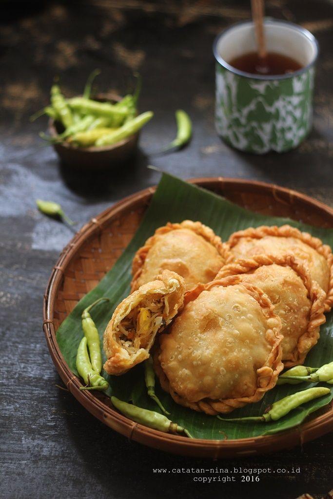 Pastel bihun ayam jamur [recipe in Indonesian]