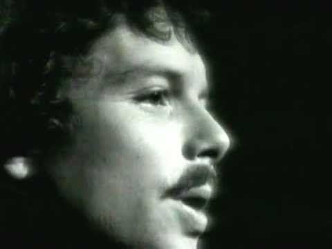 ▶ Scott McKenzie - San Francisco ((HD-1080p/HQ)) 1967 - YouTube