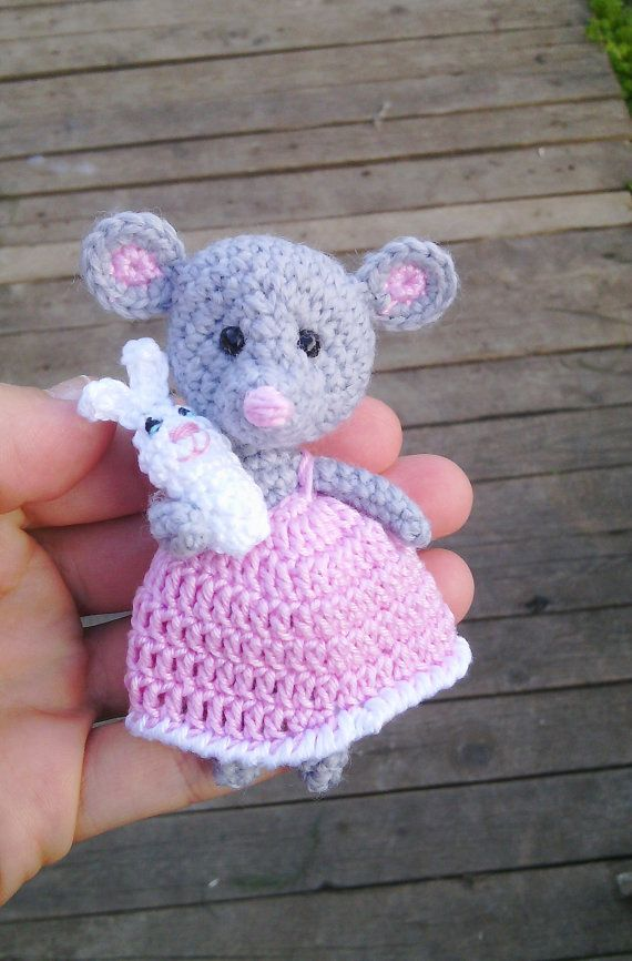 Amigurumi mouse grey pink,miniature mouse,ballerina mouse,tiny mouse, little ballerina animal doll, mouse with a rabbit.crochet tiny mouse