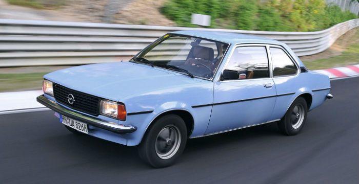 Opel Ascona B kreeg bijnaam Manta Light - http://www.driving-dutchman.com/opel-ascona-b-kreeg-bijnaam-manta-light/