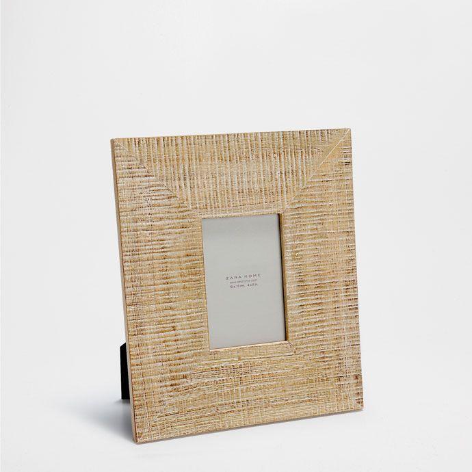 Рамка из дерева в стиле рустик