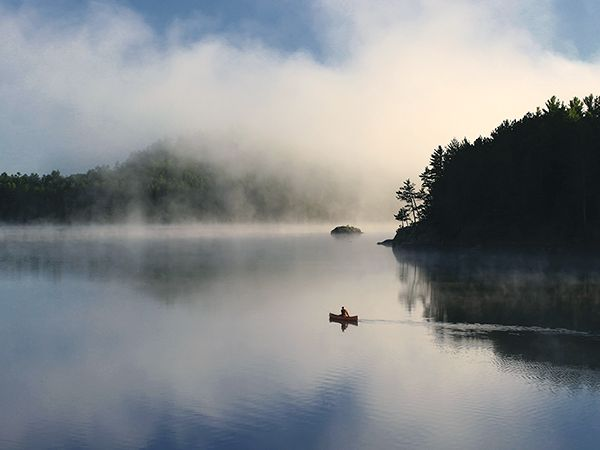 10 things to do in Northern Ontario.  Picture of a canoe in Algonquin Provincial Park, Canada
