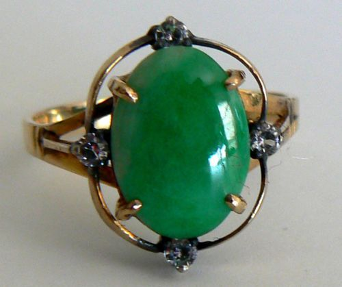 Vivid-Green-Vintage-14K-Yellow-Gold-Natural-Jade-Ring-A-Grade-Antique-Estate