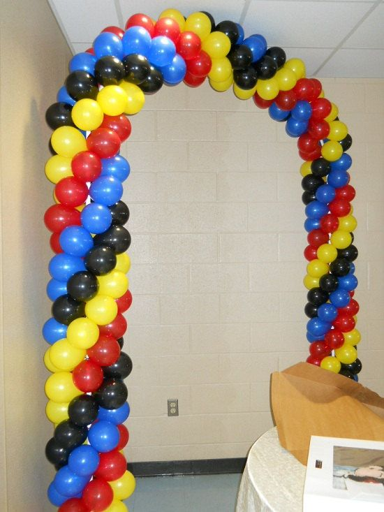 174 best balloon decor images on pinterest balloon for Balloon arch frame kit party balloons decoration
