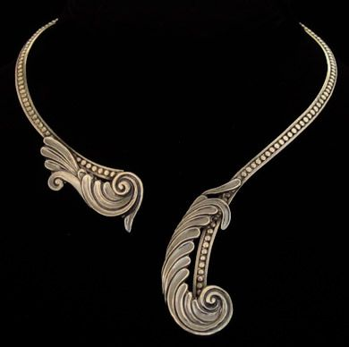 mexican sterling MARGOT de Taxco Mexico. sterling hinged wrap-around feather scrolls necklace. By Margot Van Voorhies Carr, a 1930's to 1970's jewelry maker.