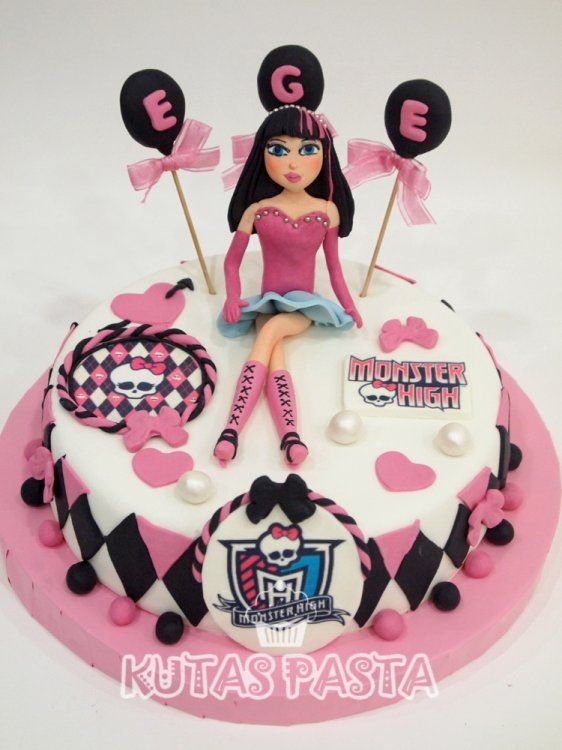 Monster High Pastası - Monster High Cake