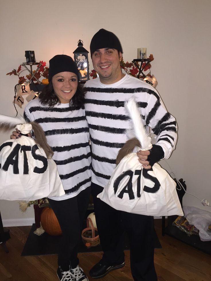 "Couples Halloween Costume Idea: Cat Burglars! Get it?!  Old school burglar costume with a bag full of ""cats"" instead of money!"