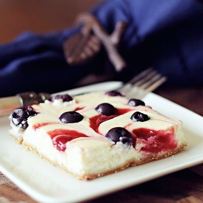"""""""Healthy Foods"""": Cheesecake Bar, Lighting Recipe, S'More Bar, Low Calories, Red White Blue, Swirls Cheesecake, 4Th Of July, Food Boards, Blueberries Cheesecake"""