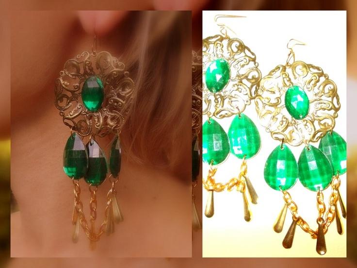 Aros verdes con cadenas