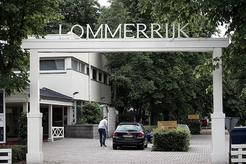 Lommerrijk Rotterdam Noord #Holland #010 #Architecture #Buildings #Building #Gebouw #Architectuur #Contrast #ZuidHolland #SouthHolland #Dutch #Restaurant #Lommerrijk