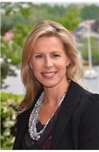 Liz Dooner is a Coldwell Banker Residential Brokerage real estate agent serving Annapolis, MD and the surrounding areas.