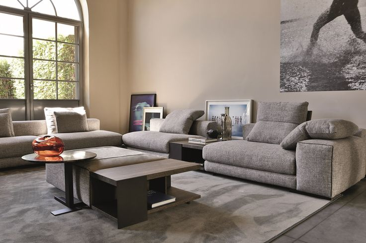 Atlas by Arketipo is a modular sofa with a clear and minimal design that responds to the most complex requirements.