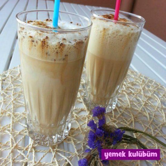 Ev yapımı Soğuk Kahve Tarifi nasıl yapılır? Resimli Soğuk Kahve Tarifi anlatımı burada. Yaz için soğuk buzlu içecek tarifleri içecekler kategorimizde