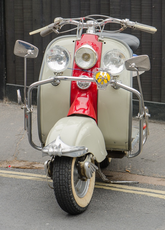81 best images about lambretta on pinterest motor scooters amigos and search. Black Bedroom Furniture Sets. Home Design Ideas