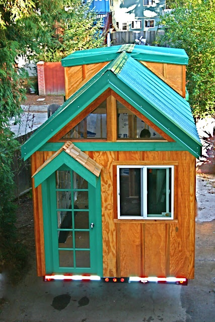 Tiny Home Designs: Molecule Tiny Homes This One Has 2 Lofts I Believe.